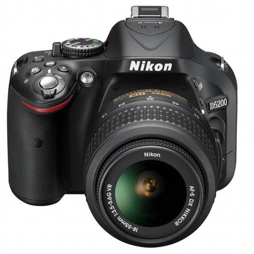 d5200front_small