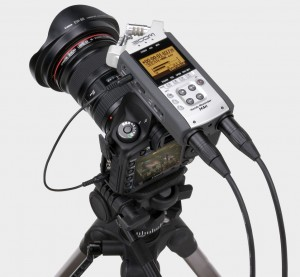zoom-h4nsp-on-camera