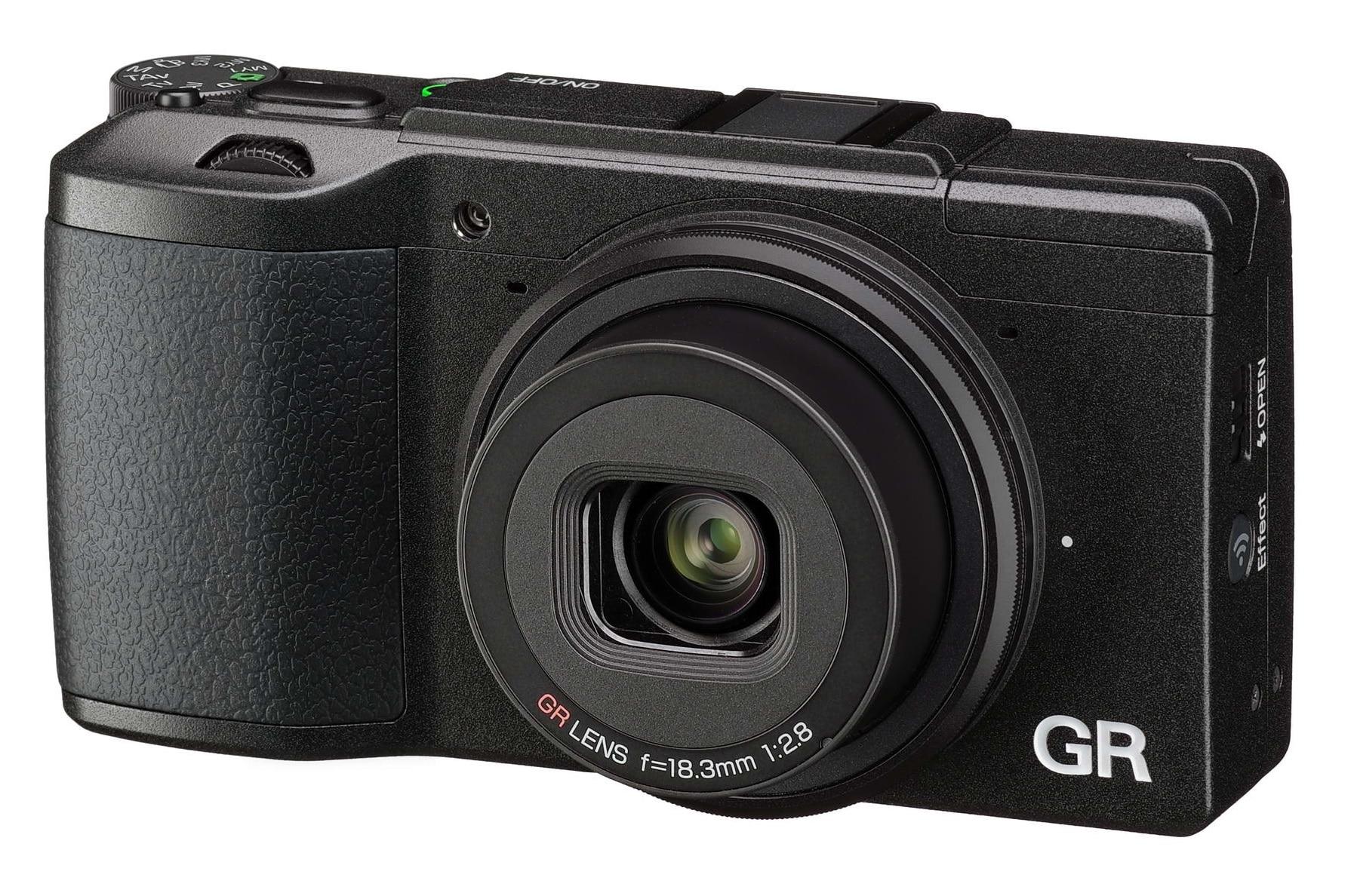 מצלמה דיגיטלית PENTAX GR II
