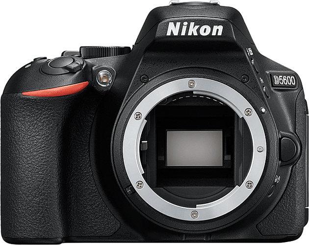 מצלמה דיגיטלית NIKON D5600