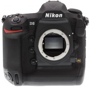 מצלמת NIKON D5