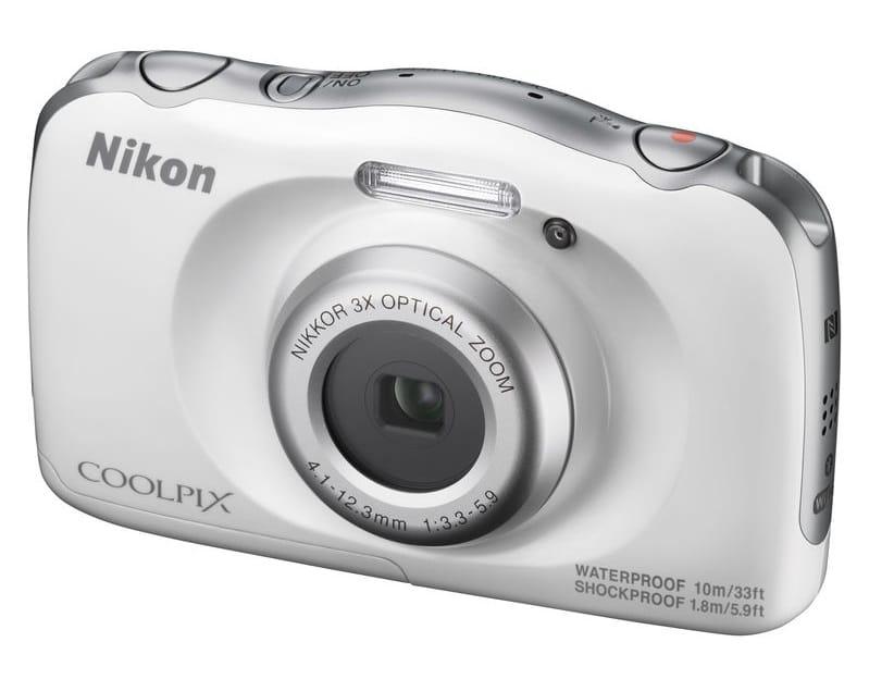 מצלמה דיגיטלית NIKON W100