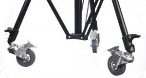 גלגלים לעמוד תאורה