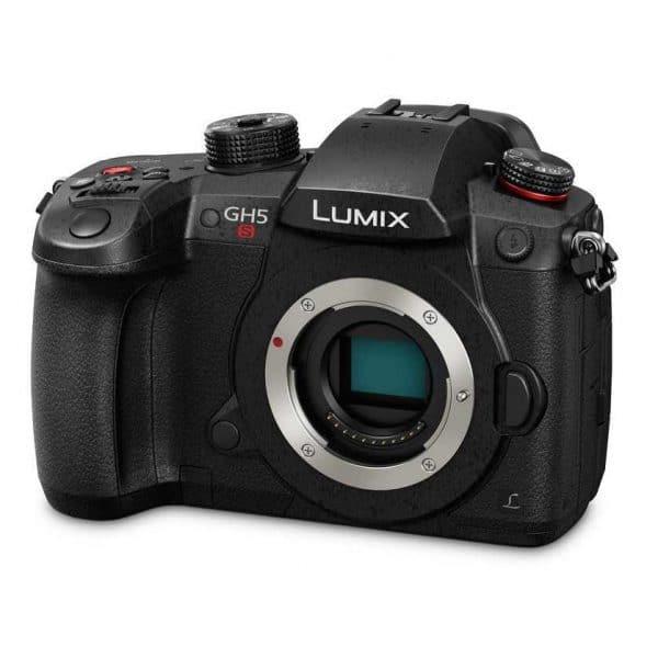 מצלמה ללא מראה PANASONIC DC-GH5