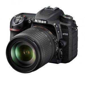 Nikon D7500 18-105mm