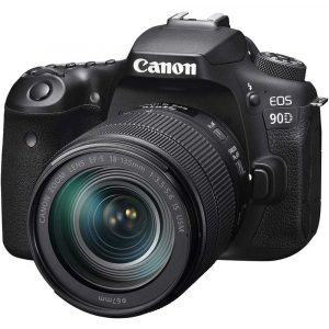 EOS 90D with 18-135mm