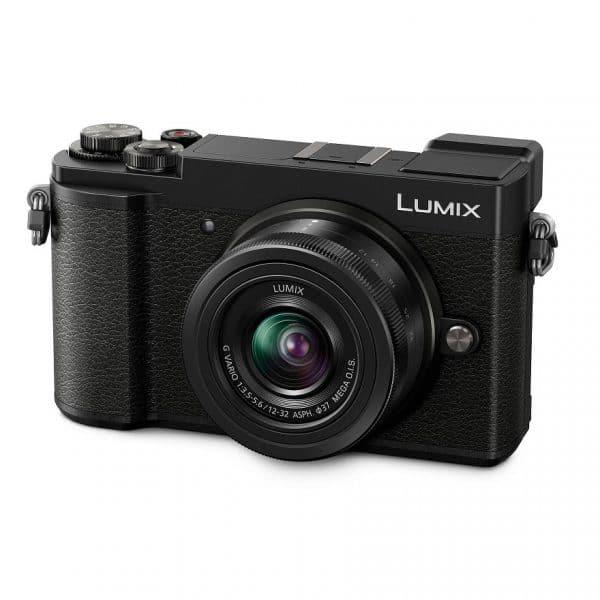 מצלמת פנסוניק GX9 ועדשה 12-32
