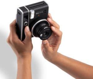 INSTAX MINI 40 צילום סלפי